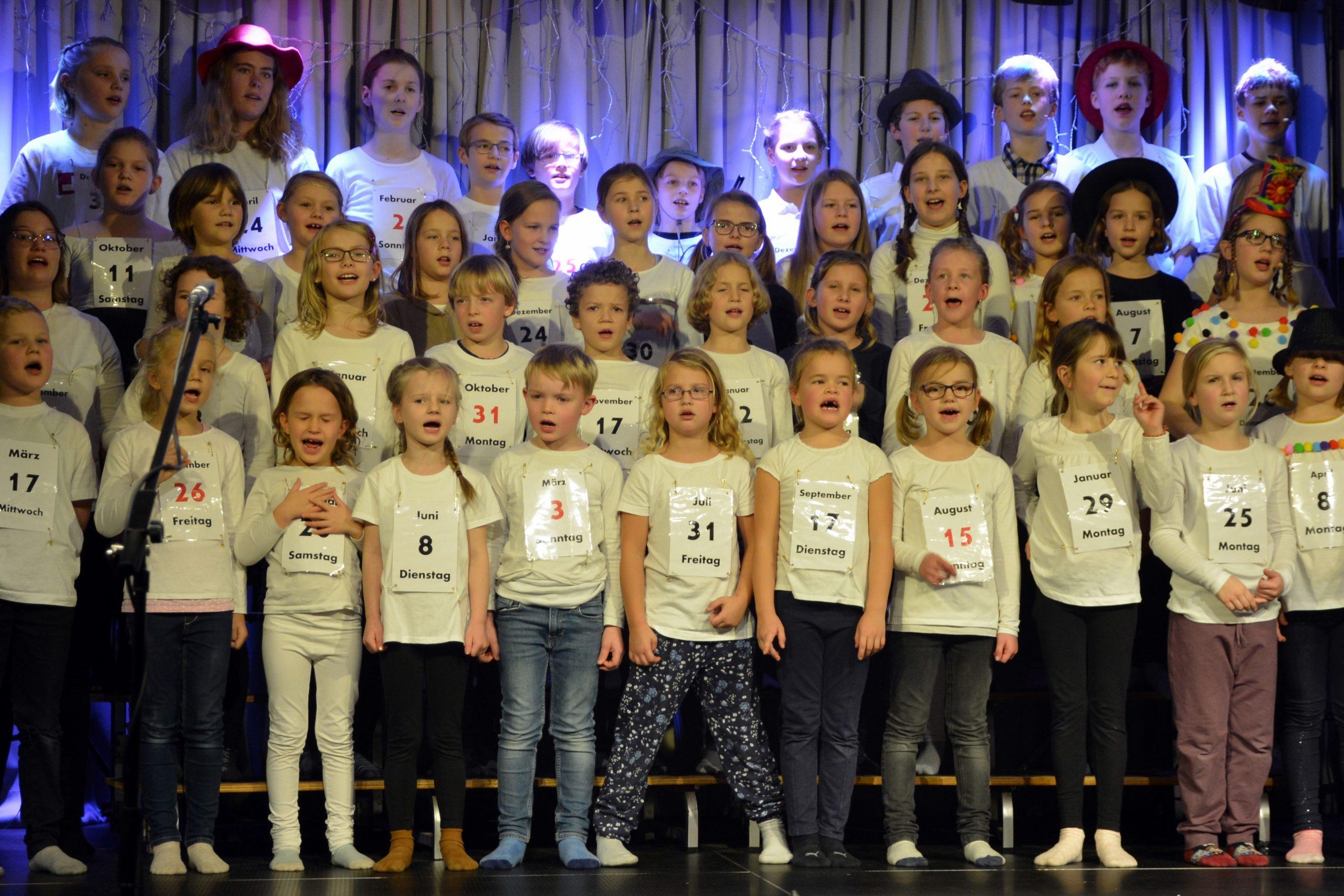 Kinder- und Jugendchor Grundhof bei einer Aufführung